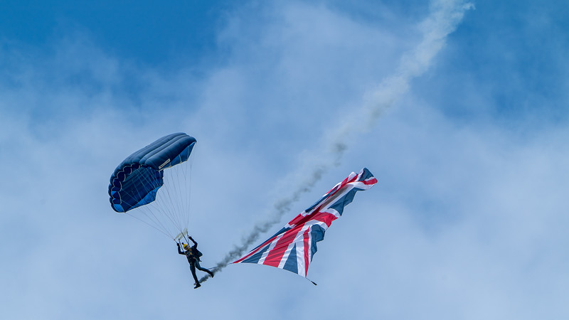 Dunsfold, The Tigers Army Parachute Display Team, Wings, Wings and Wheels - 25/08/2018:13:22