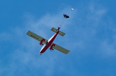 Britten-Norman BN-2A Islander, Dunsfold, The Tigers Army Parachute Display Team, Wings, Wings and Wheels - 25/08/2018:13:21