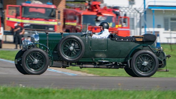 Dunsfold, Wheels, Wings and Wheels - 25/08/2018:10:34