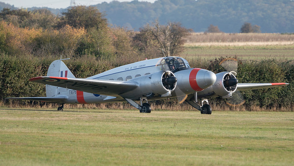 Shuttleworth, Old Warden-> Practice display, Old Warden-> Race Day 2018, Aircraft-> Avro-> Anson C.19-> TX176 - 07/10/2018@09:27