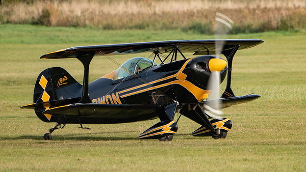 Shuttleworth, Old Warden-> Race Day 2018-> Display-> Pitts Race, Aircraft-> Pitts-> S-1S Special-> G-SWON - 07/10/2018@15:30