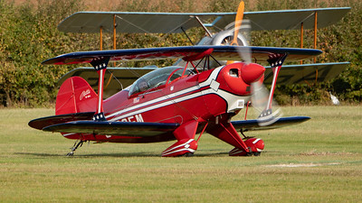 Shuttleworth, Old Warden-> Race Day 2018-> Display-> Pitts Race, Aircraft-> Pitts-> S-2A Special-> G-BOEM - 07/10/2018@15:31