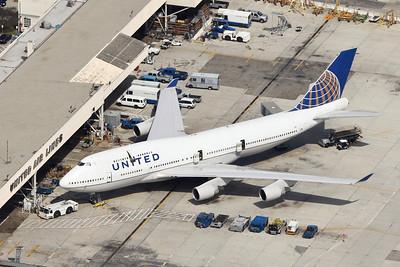 United B-747-422, N119UA