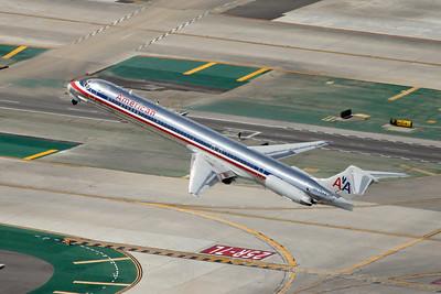 American DC-9-83 (MD-83), N592AA