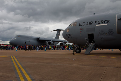 Boeing C-17A Globemaster III & Lockheed C-5 Galaxy  (United States Air Force)