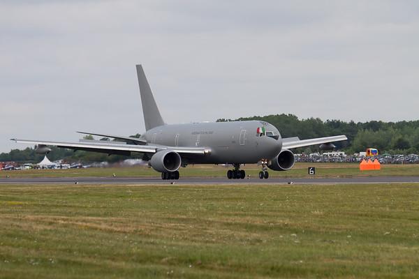 Boeing KC-767A (Italian Air Force)