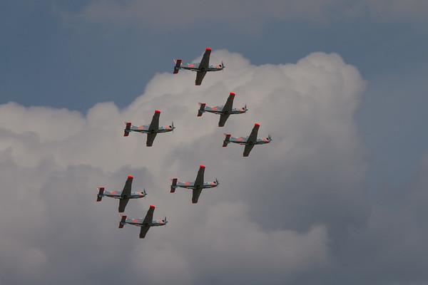 Zespot Akrobacyjny Orlik - PZL-Mielec PZL-130TC-II Turbo Orliks (Polish Air Force Aerobatic Team)