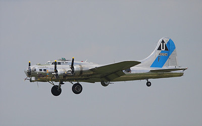 Boeing B-17G Flying Fortress, Sentimental Journey