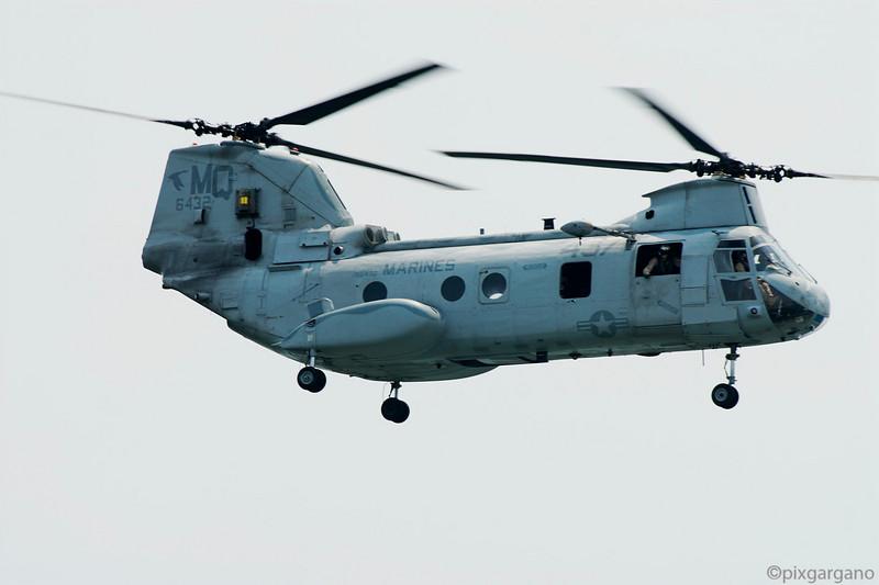 USMC CH-46E Sea Knight