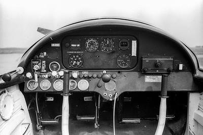 Tableau de bord du Morane-Saulnier MS 880 F-BSZA (été 1978).