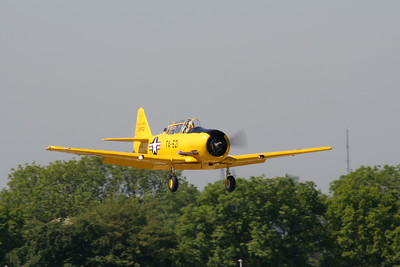 North American T-6J Texan