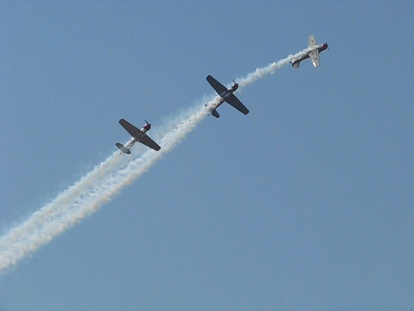 AEROSTARS Formation Aerobatic Flight Team -- braid in the sky (0:24)