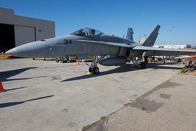 Camarillo Air Show 2010. Boeing F/A-18 Hornet.