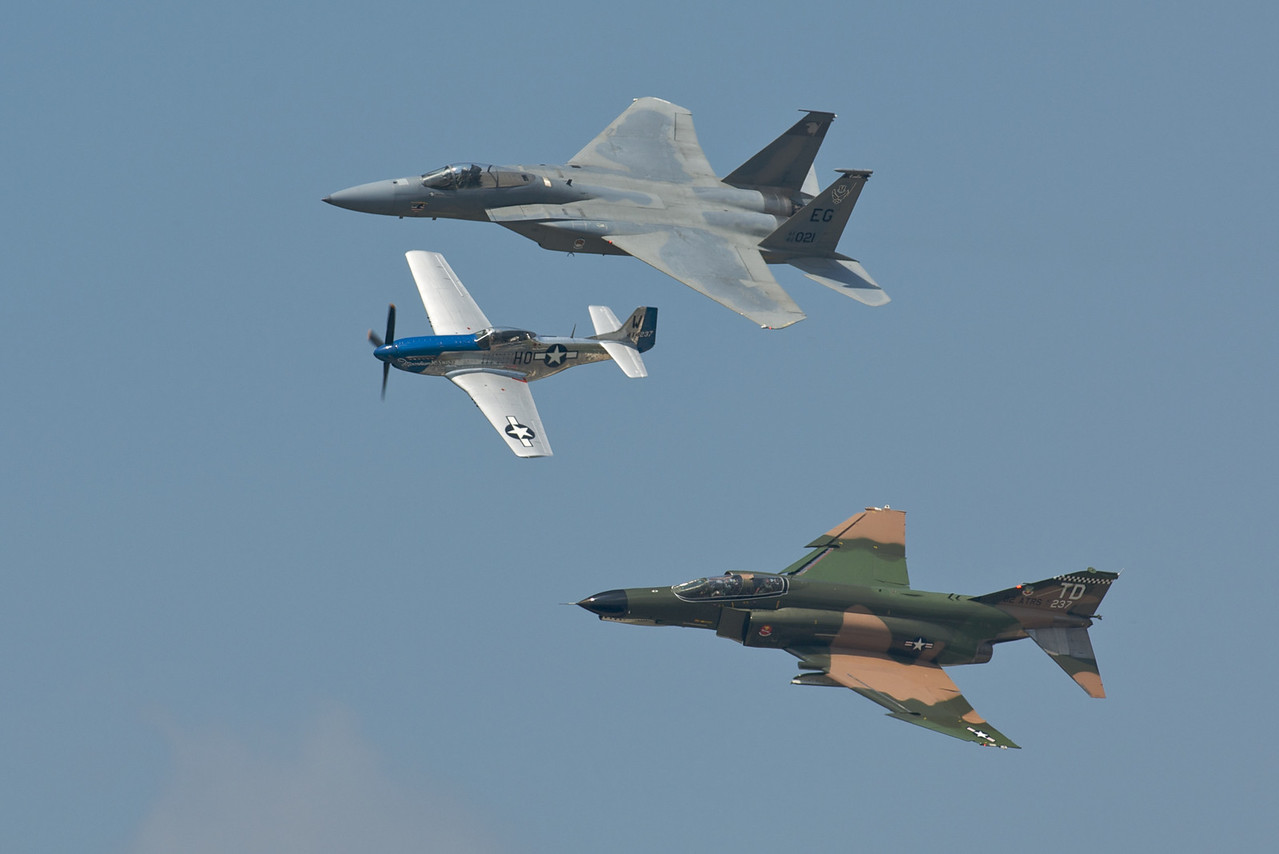Dayton Air Show 2007, Commemorative Flight (P-51, F-4 & F-15)