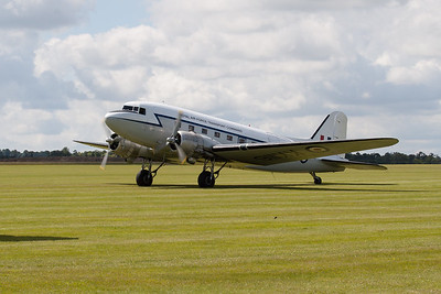 Douglas C-47 Dakota 3