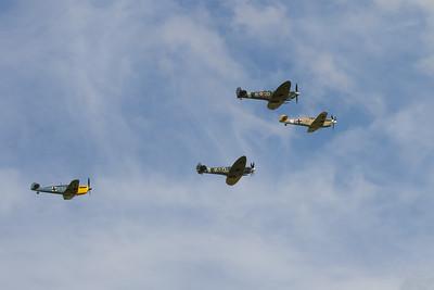 Balbo Finale - 2 Supermarine Spitfire's and 2  Messerschmitt Me109's