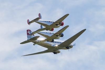 Douglas DC-3 and 2 Beechcraft Model 18