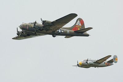 "B-17G et MD 312 ""Flamand""."