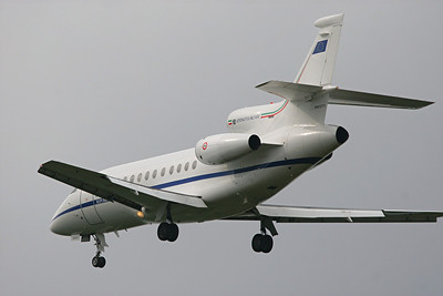 Italian Air Force Falcon 900EX, MM-62171, Pittsburgh, PA. 9-24-09