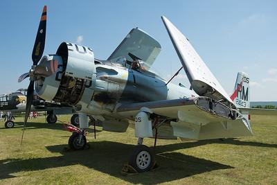 La Ferté-Alais 2010. Douglas A4-DN Skyraider.