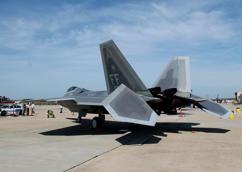 F-22 Raptor [09-0182]
