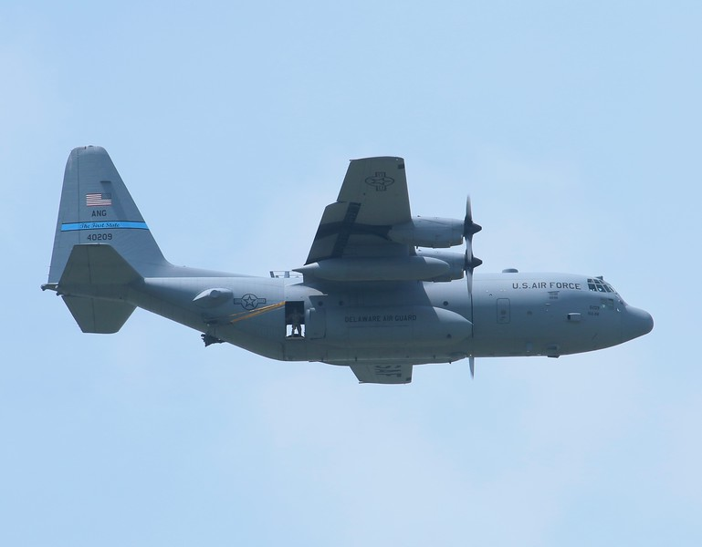 HUSKY01 Delaware ANG C-130H [84-0209]