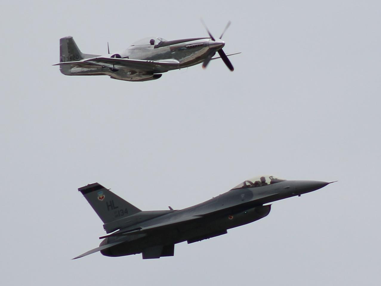 Heritage flight; P-51D / F-16C