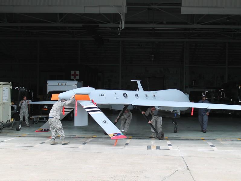 MQ-1 Predator Drone [00-432]