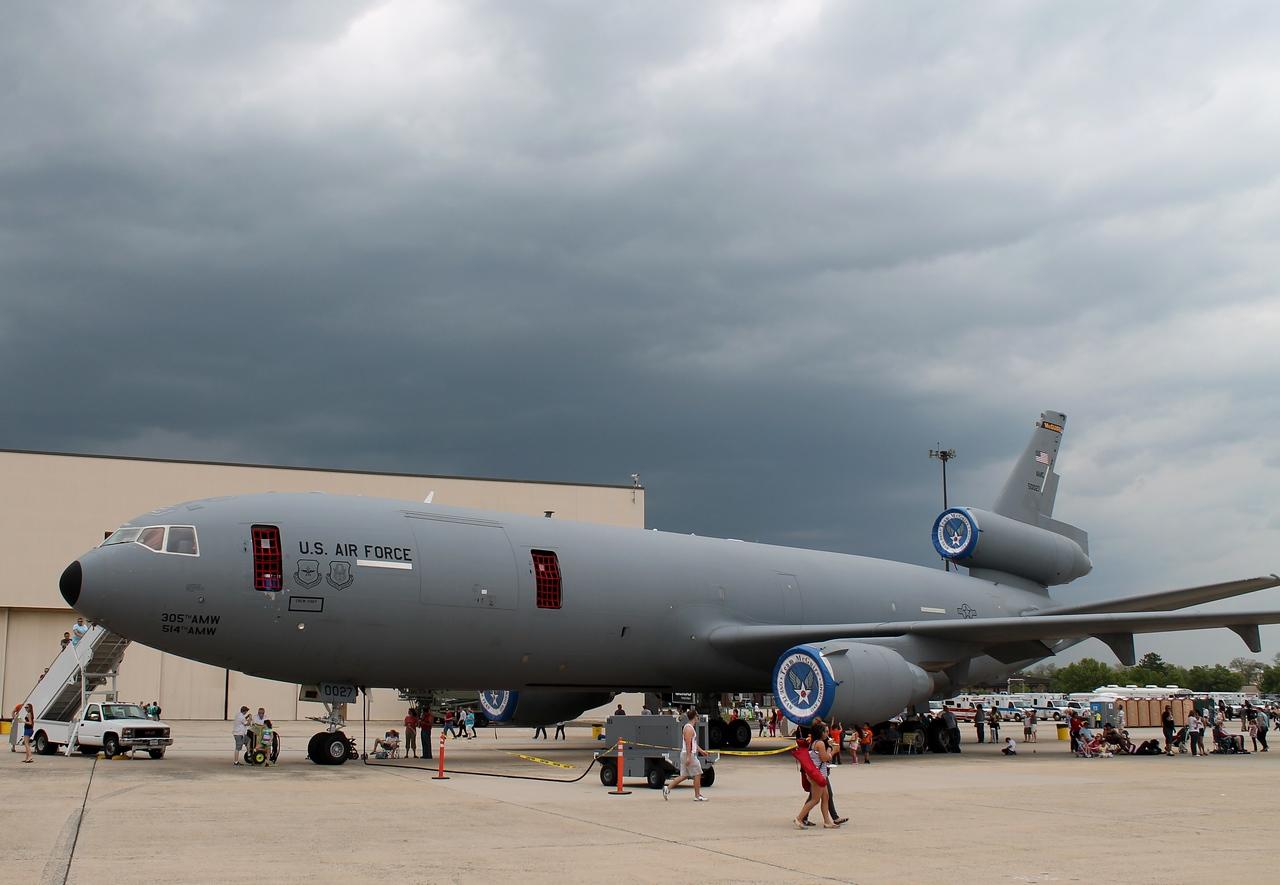 KC-10 [85-0027]