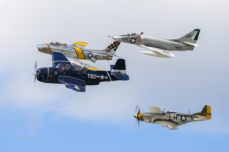 USAF Heritage / USN Tailhook Legacy Flight