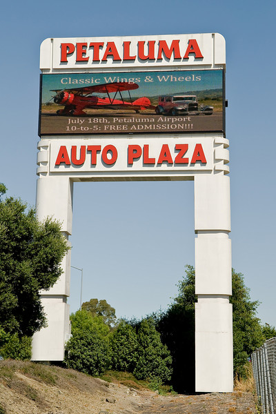 """The publicity photo I took for the event """"on the Big Screen"""" at the Auto Plaza. Thanks to Ron Close for the photo!"""