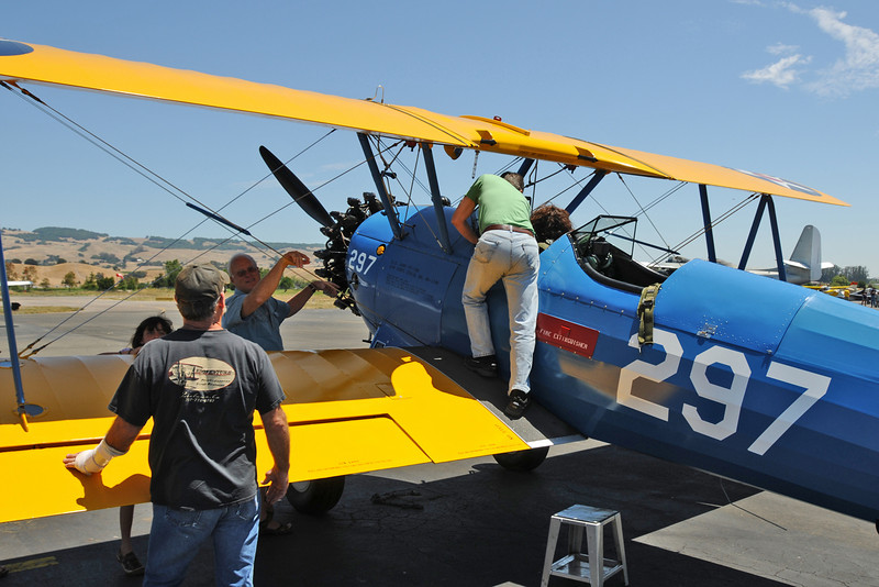 One Stearman owner gave some lucky folks some rides...
