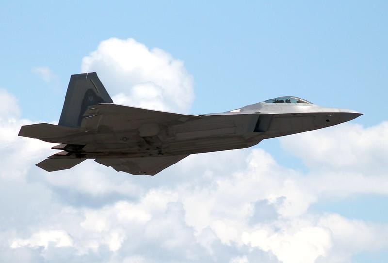 F-22 Raptor Demo.