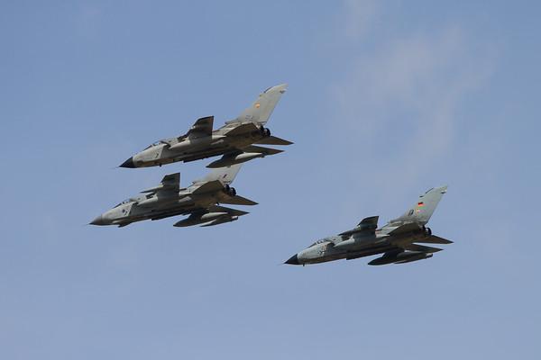 Panavia Tornado GR4 (Royal Air Force) - Panavia PA200 Tornado (German Air Force) - Panavia A-200 Tornado (Italian Air Force)