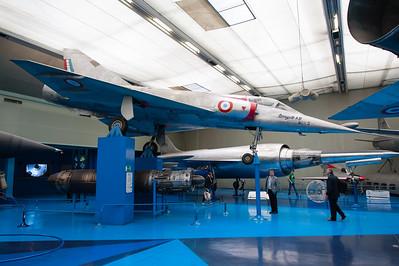 Musée de l'Air, juin 2011. Dassault Mirage IIIA nº02. Au deuxième plan, le fantastique Leduc 022-01.