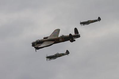 Avro Lancaster B1 - Supermarine Spitfire Mk XVI - Supermarine Spitfire Mk LFIXe (Battle of Britain Memorial Flight)
