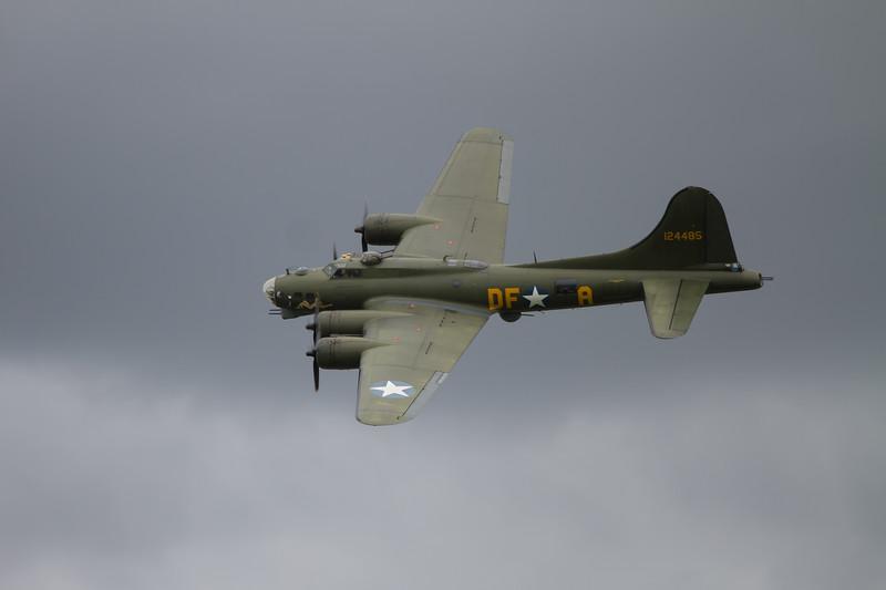 1945 - Boeing B-17G  Flying Fortress 'Sally B'
