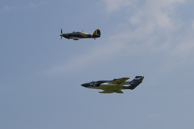1941 - Hawker Sea Hurricane 1B / De Havilland Sea Vixen FAW2