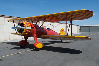 "South Valley Airport - Stearman N56772 ""Tillie"""