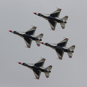 USAF Thunderbirds Display Team - Lockheed Martin F-16C/D Fighting Falcon (United States Air Force)