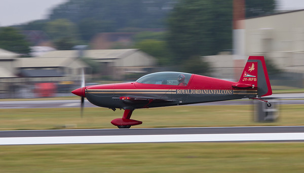 The Royal Jordanian Falcons - Extra EA300L
