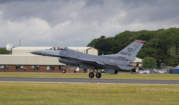 Lockheed-Martin F-16CM Fighting Falcon