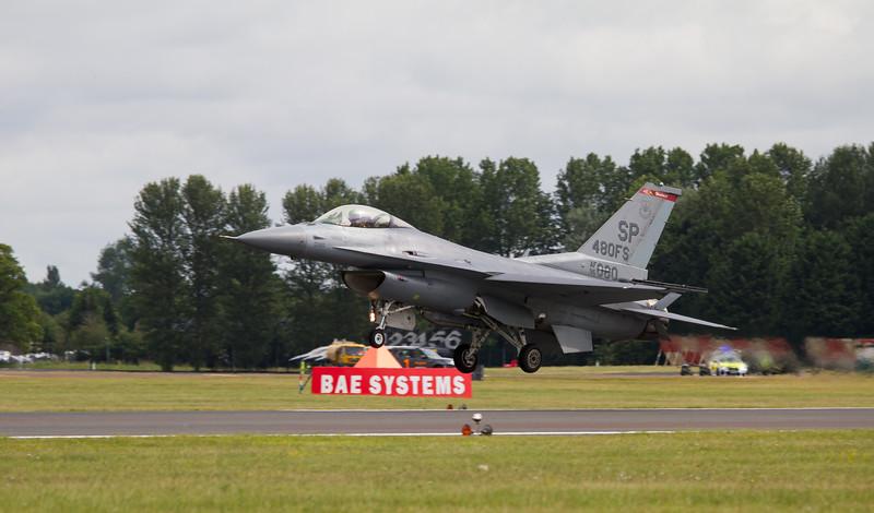 Lockheed-Martin F-16CM Fighting Falcon