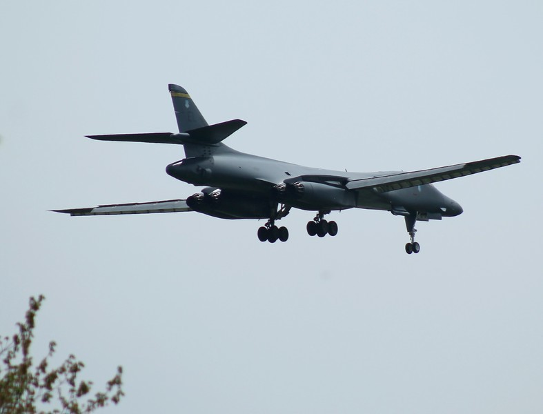 B-1B Lancer [86-102] 28th Bomb Wing Ellsworth,AFB South Dakota inbound RWY23.