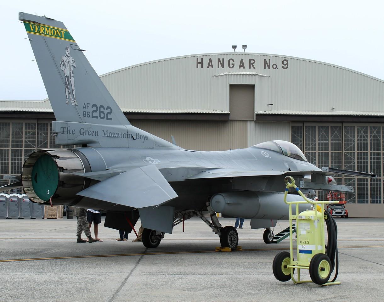 VT ANG F-16 [86-262] from Burlington, VT.