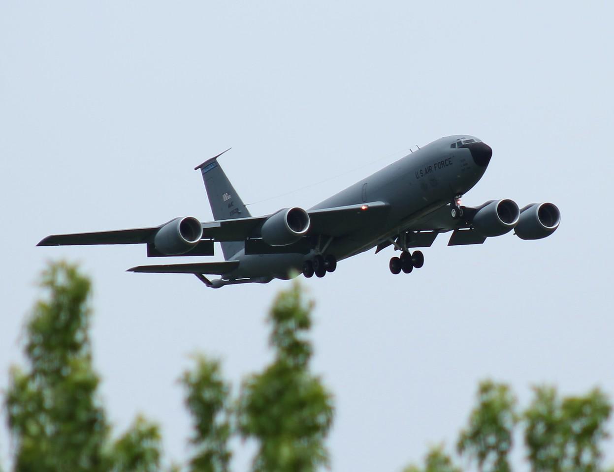 KC135 [62-3538] 927th ARW MacDill AFB, Florida inbound RWY23.