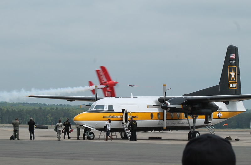 U.S. Army Golden Knight Parachute Team C-31A.