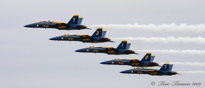 Blue Angels practicing