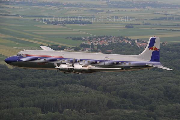 2013-06-22 N996DM Douglas DC6 Flying Bulls