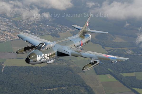 2013-09-15 G-KAXF / N-294 Hawker Hunter